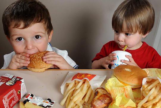 cibo spazzatura bambini